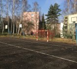 sportovni-hriste-v-ulici-skolni